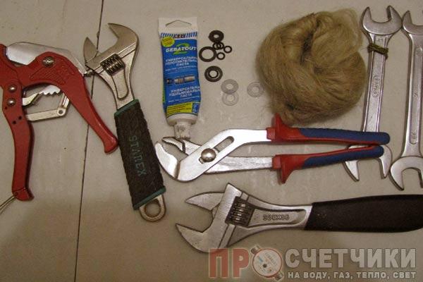 Инструменты для для установки счетчика своими руками